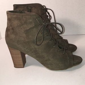 🎉SALE 2/$50 or 3/$60 Green Lace up Bootie